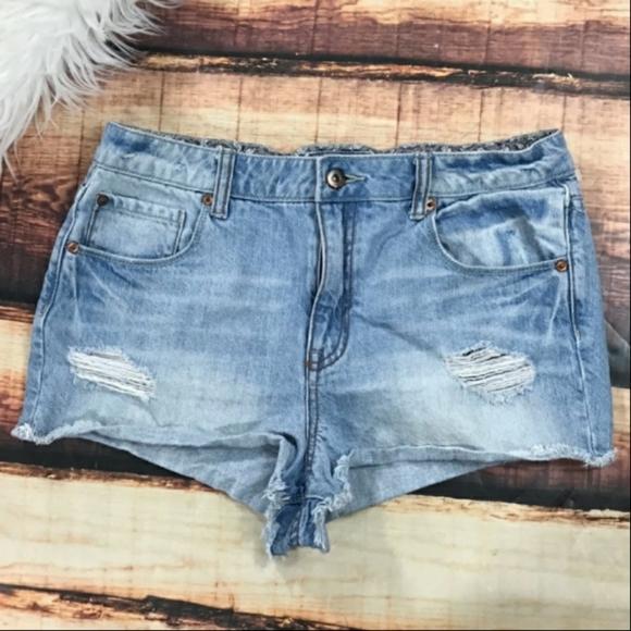 Forever 21 Pants - Forever 21 Destruct Denim Shorts